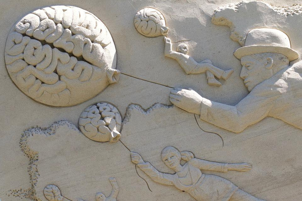 Brain, Balloon, Man, Hat, Child, Woman, Sand Sculpture