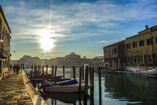 Venecia Murano Vas Navegables
