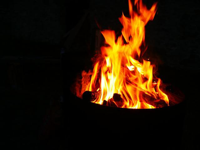 flamme und feuer