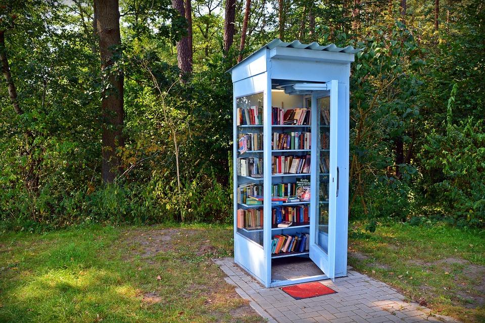 Cabina Telefonica : Cabina telefonica libri prendere · foto gratis su pixabay