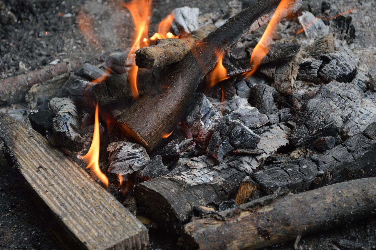 Погасший огонь картинки
