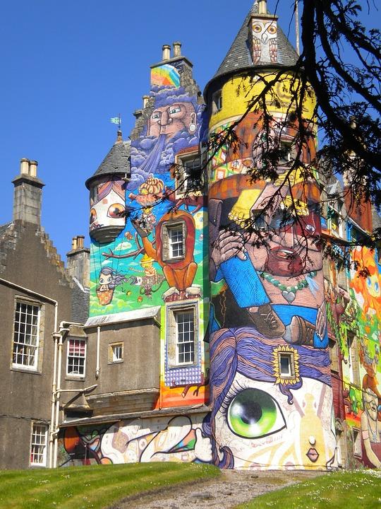 Kelburn Castle, Castello Di Graffiti, Graffiti, Scozia
