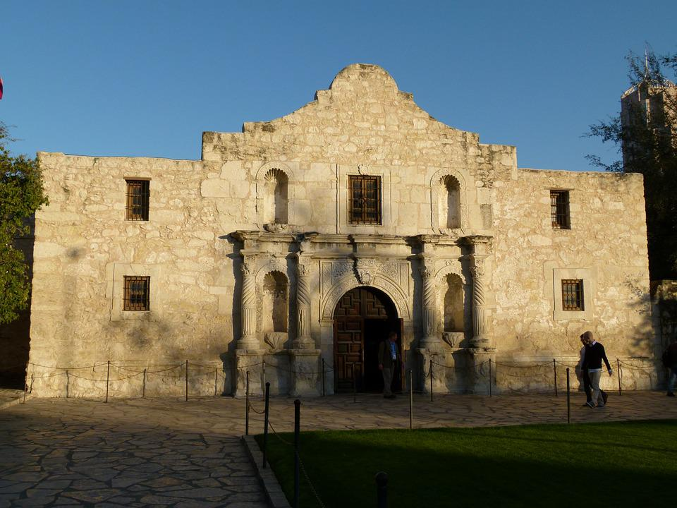a history of san antonio a spanish settlement in texas Historic san antonio san antonio offers visitors a rare opportunity to catch a glimpse of early spanish colonial life in the southwest as the first civilian settlement in texas, san antonio de béxar was founded in 1718.