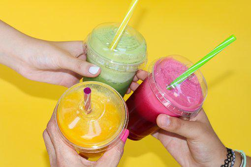 Smoothies, Yogurt Bar, Softdrinks, Fruit