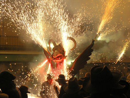 Principales fiestas de Barcelona, los Correfoc, San Juan