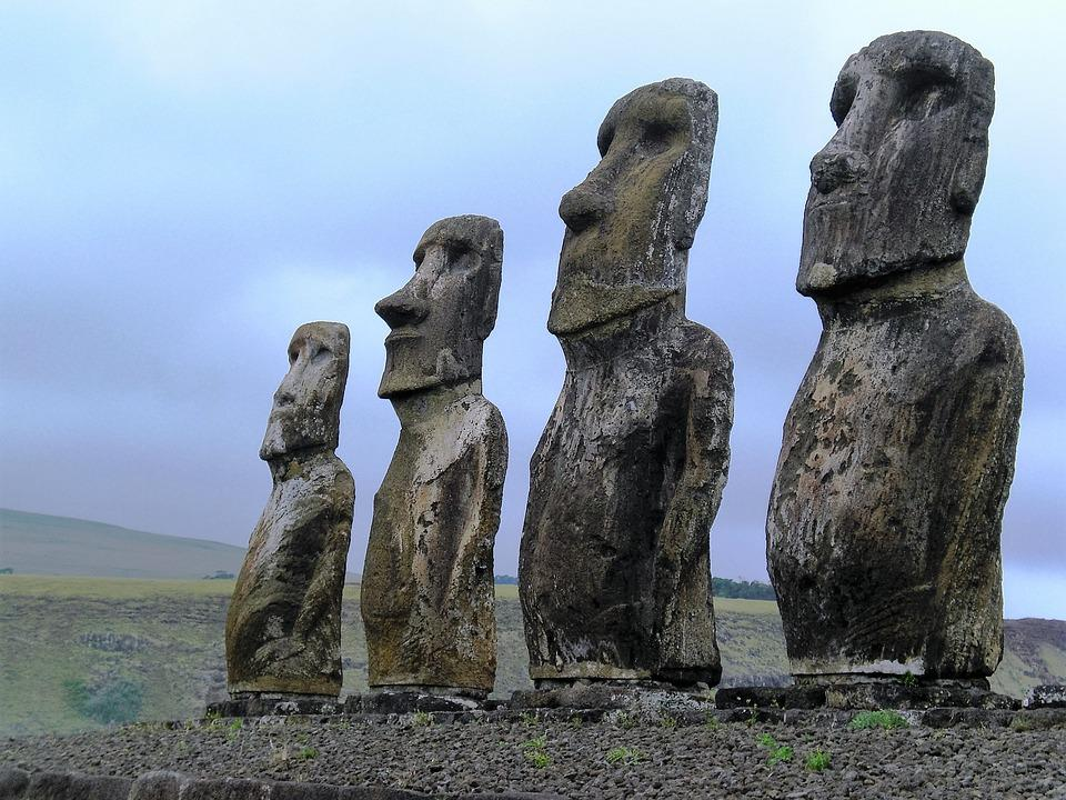 Chile is known for Easter Island, but do you know that there are many things you need to explore? Source: Pixabay