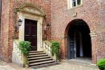 castle, courtyard