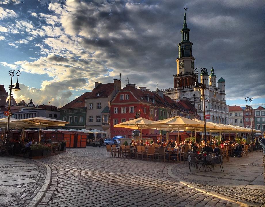 Poznań, Polska, Zabytki, Miasto, Słońce, Wakacje, Lato