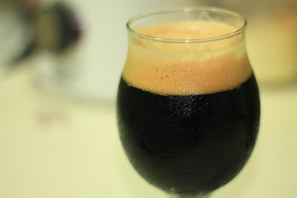 Stout beer (Photo courtesy of Pixabay)