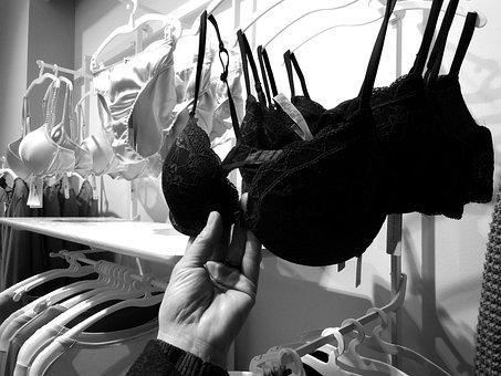 Purchasing Laundry Woman Bra Bra Bra Bra B