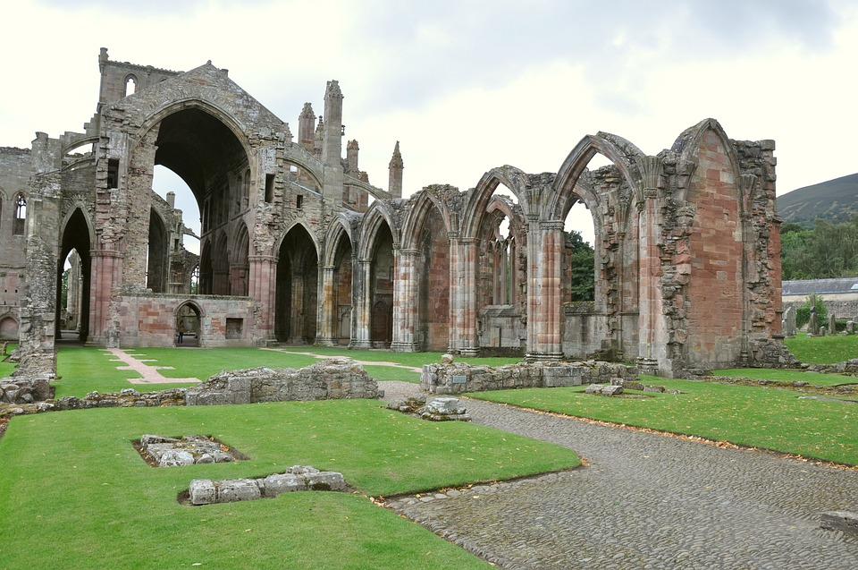 メルローズ修道院 英国 スコット...