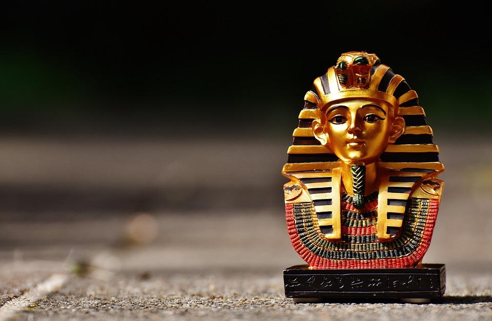 egyptisk statue
