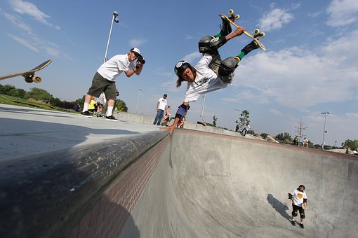 Skateboard, Handplant, Layback, Pool