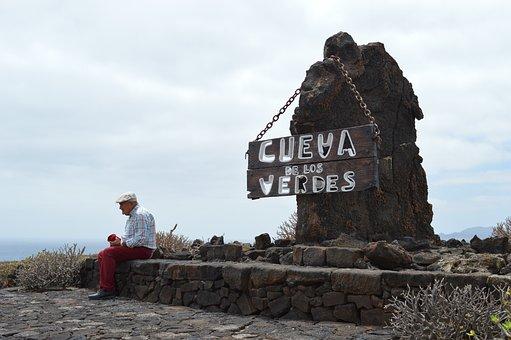 ベルデスの採石場, シニア, 洞窟, 赤, 生活, 老人, 座っています