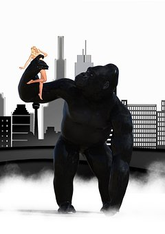 King Kong Skyline Woman City Monster Silho
