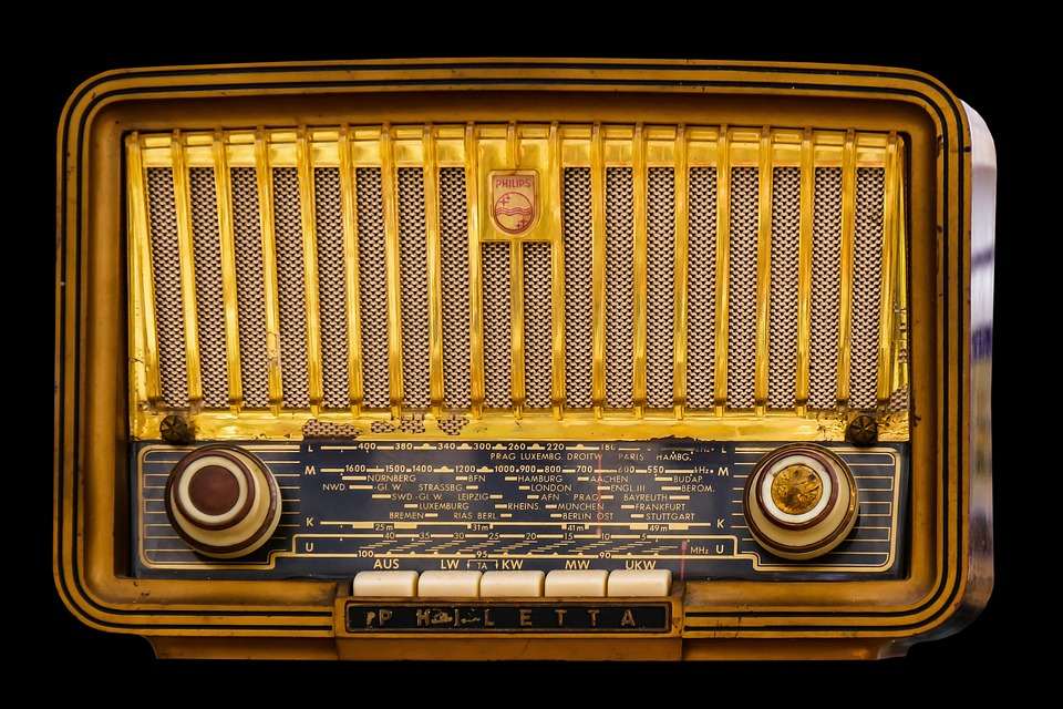 Radio, Old, Tube Radio, Nostalgia, Speakers, Retro