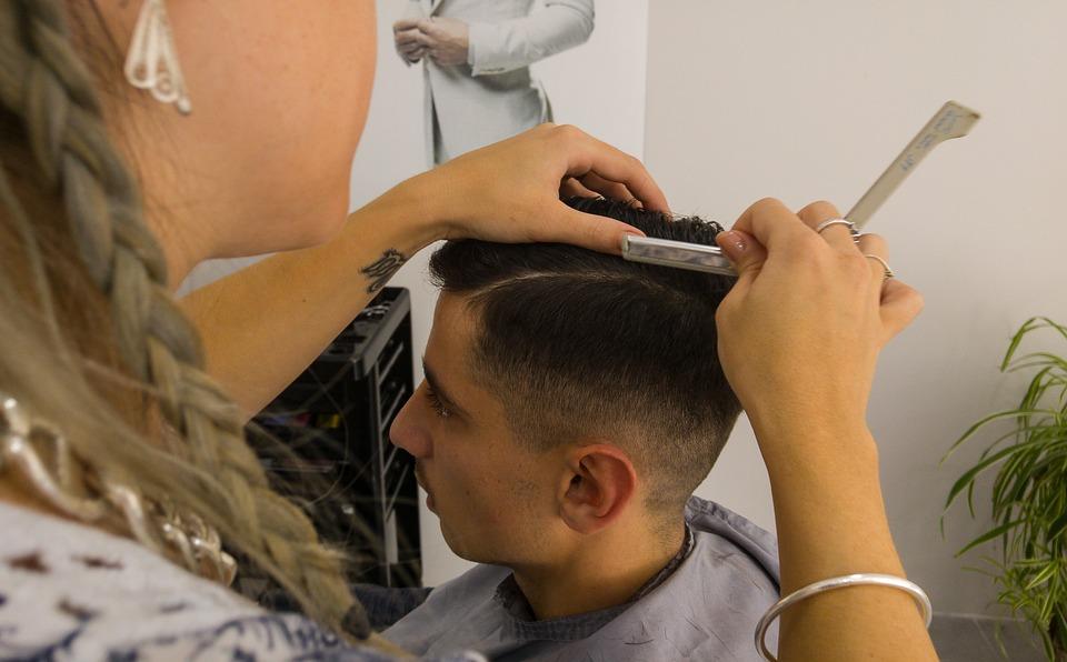 kostenloses foto friseur haare schneiden rasierer kostenloses
