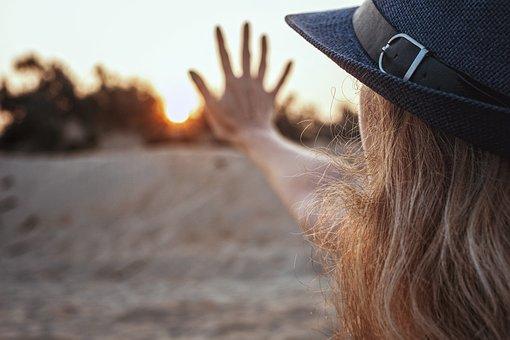 太陽, 5, 日の出, 日没, 女の子, 手, 帽子, 金髪, 朝, 壁紙女の子