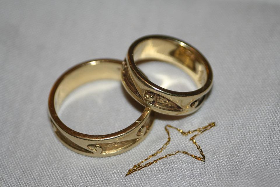 wedding rings free photo on pixabay