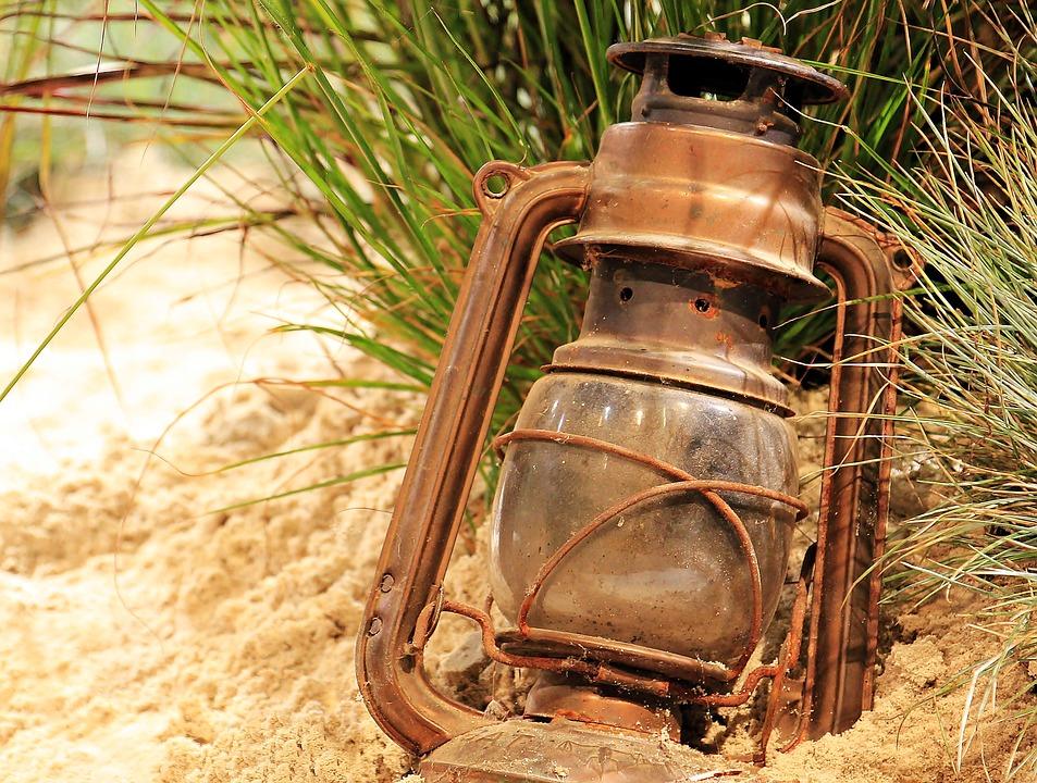 lantern-1694888_960_720.jpg