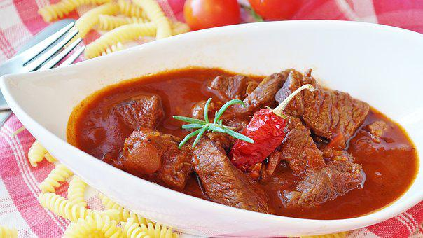 Goulash, Meat, Beef, Court, Main Course