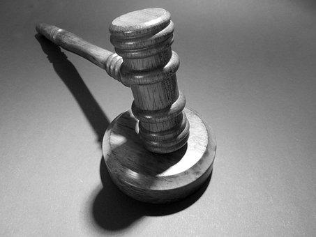 Martillo Tribunal Juez Justicia Ley Cláusu