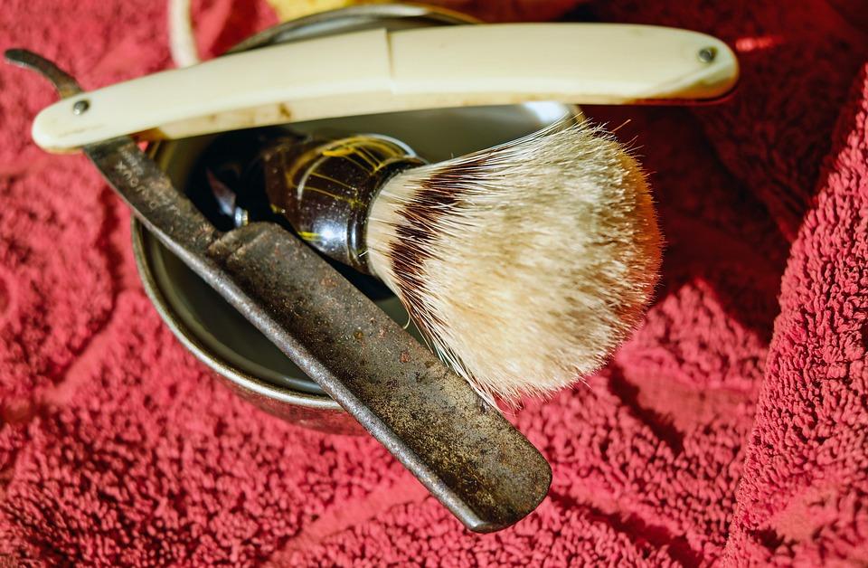 lâmina de depilar, lâmina de barbear.