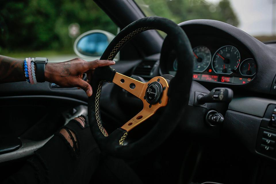 Bmw pixabay for Benetton 4 wheel steering
