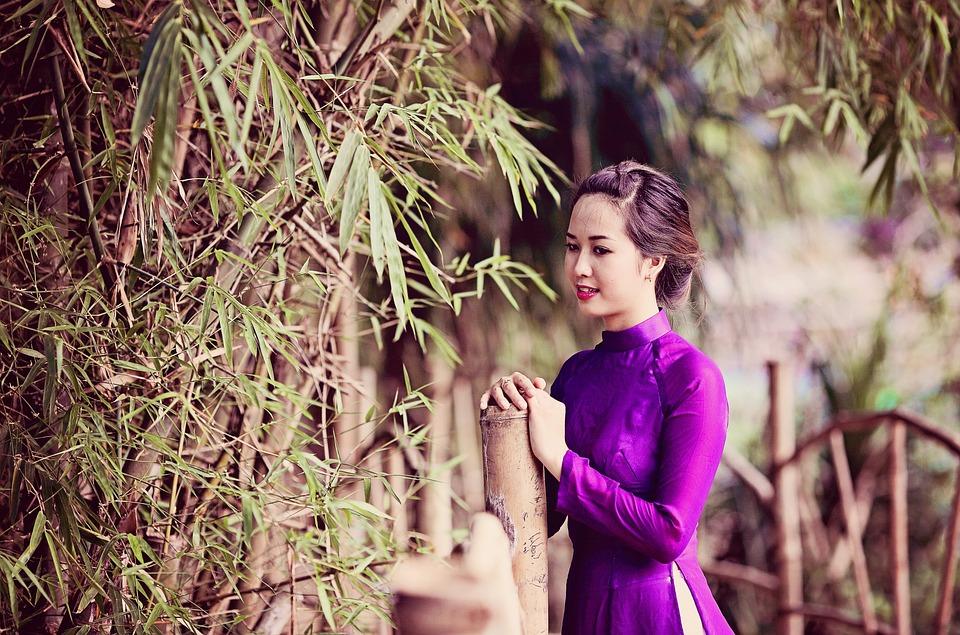 Sex nake vietnam girl