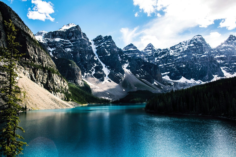 moraine lake mountain free photo on pixabay. Black Bedroom Furniture Sets. Home Design Ideas