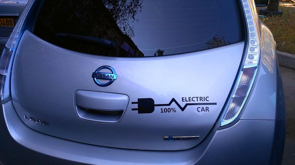 Top Three Amazing Electric Cars Available In The Market