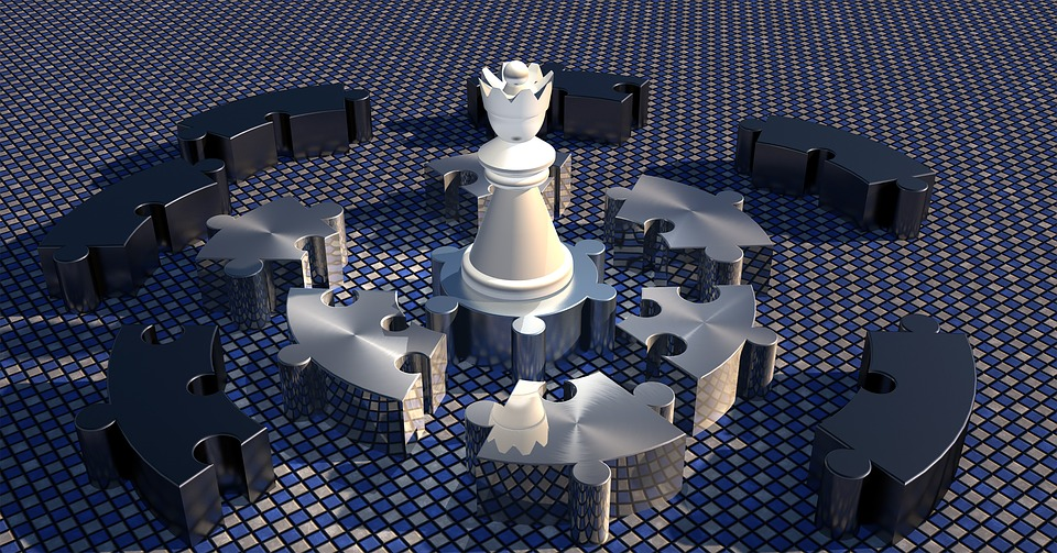 Lady, Chess Piece, Kreispuzzel, Platform, Presentation