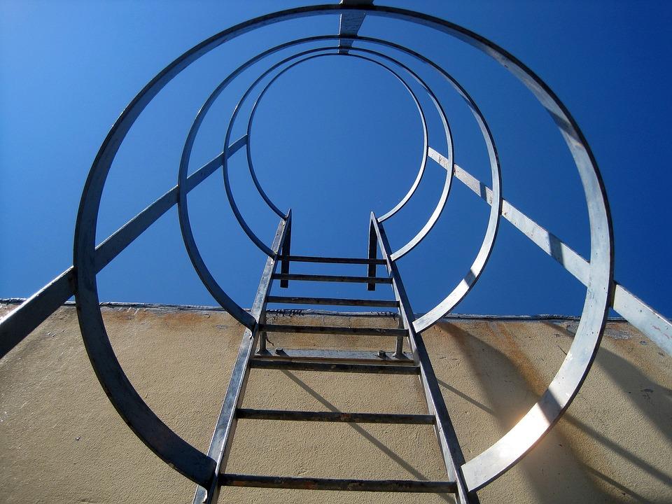 Metalen trap rechtop · gratis foto op pixabay