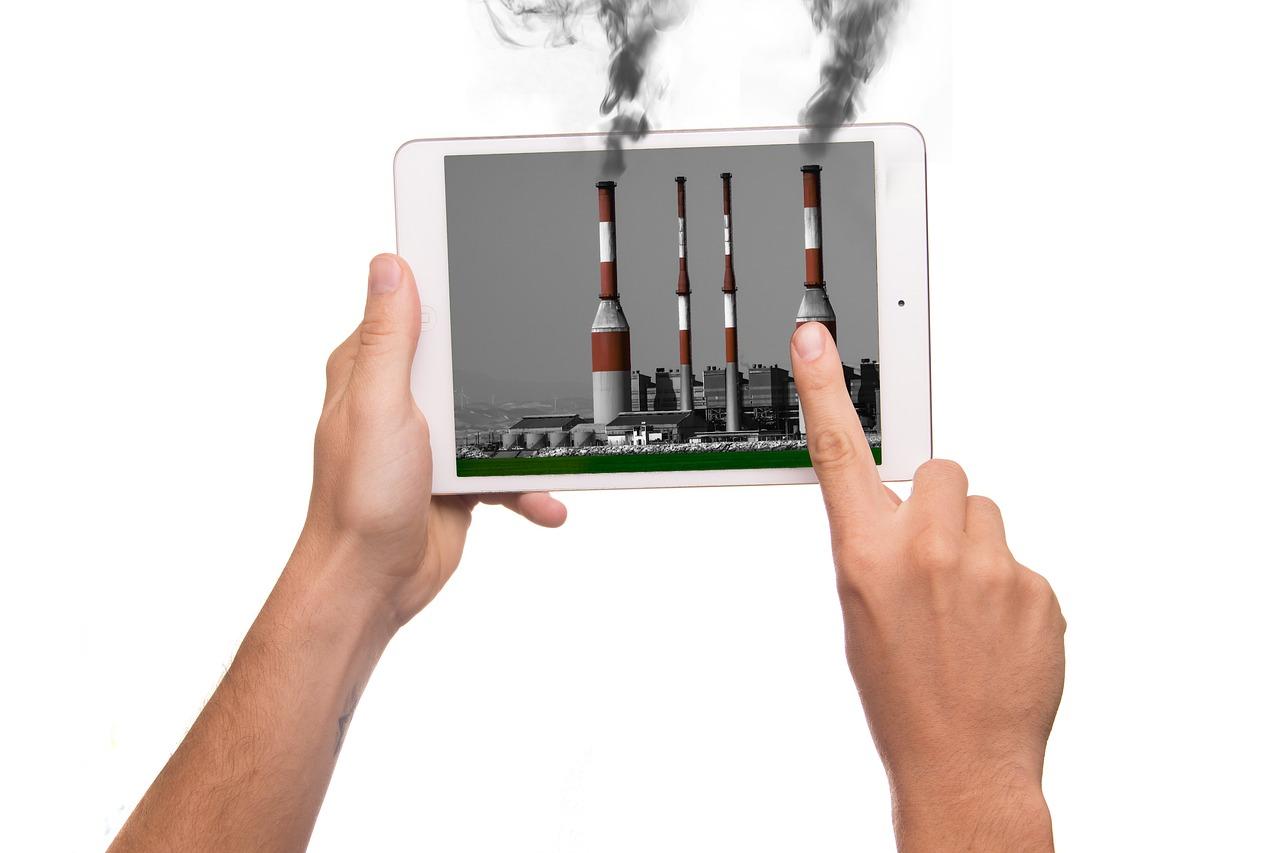 タブレット, イマン, アップル, 汚染, アクション, 業界, 工場, 悪臭, 煙突, 煙, 悪臭を放つ