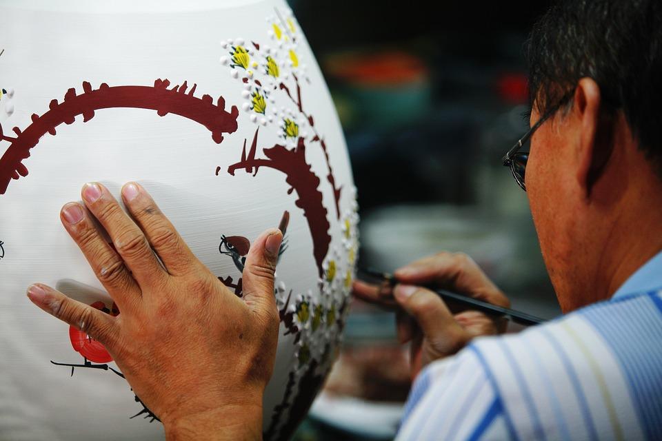 「匠」の漢字の意味と読み方・名前の付け方・「巧」との違い