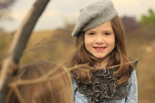 Child, Beret, Cold, Autumn, Lipstik