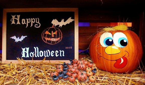 halloween-1743969__340.jpg