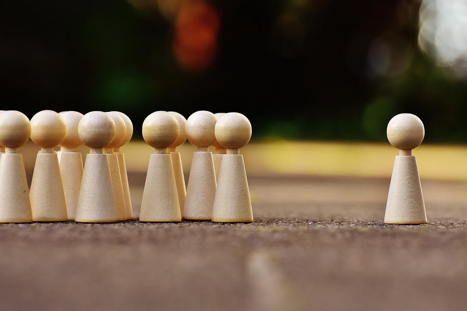 【話し方トレーニング】より相手を 惹きつける効果的な2つの方法。