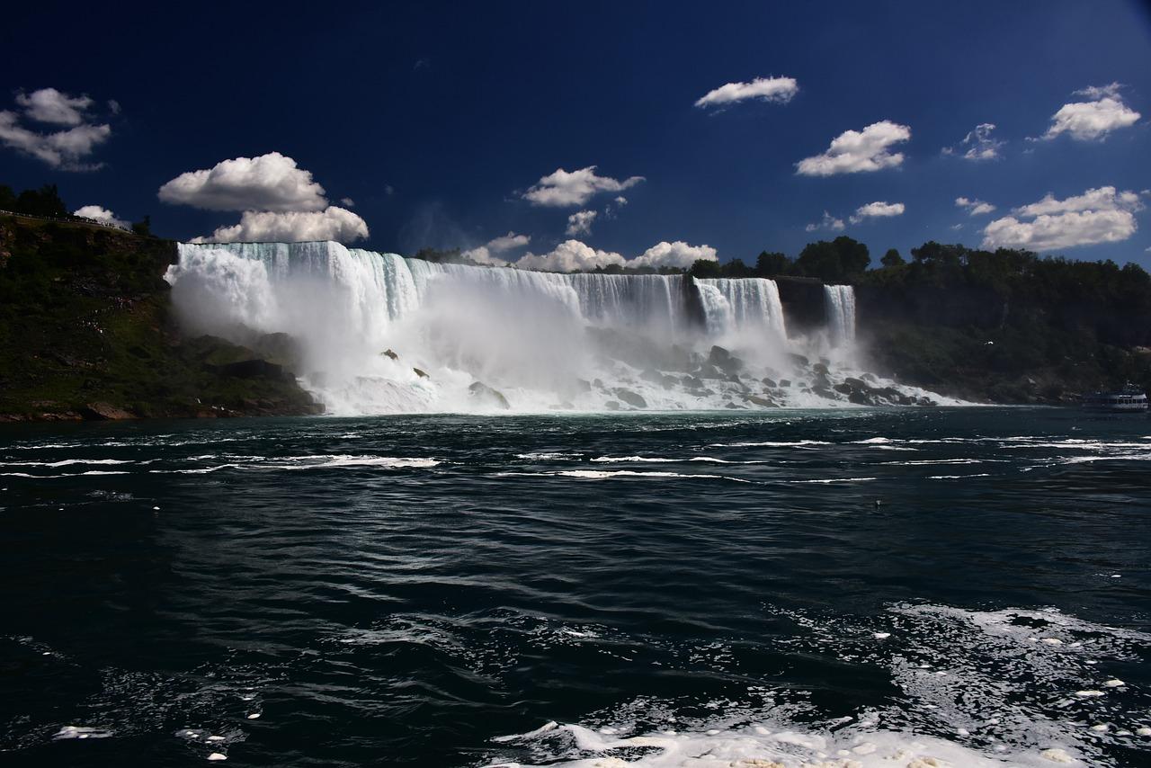 выпуск шоу ниагарский водопад из под воды фото некоторые наклейки просто