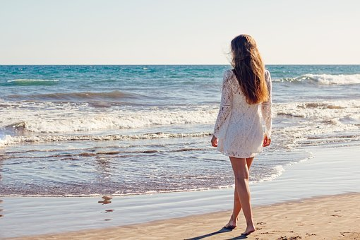 Young Woman Woman Sea Ocean White Dress Be