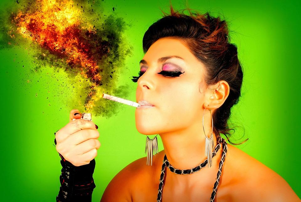 Женщина, Голова, Курение, Сигареты, Пожар, Пламени