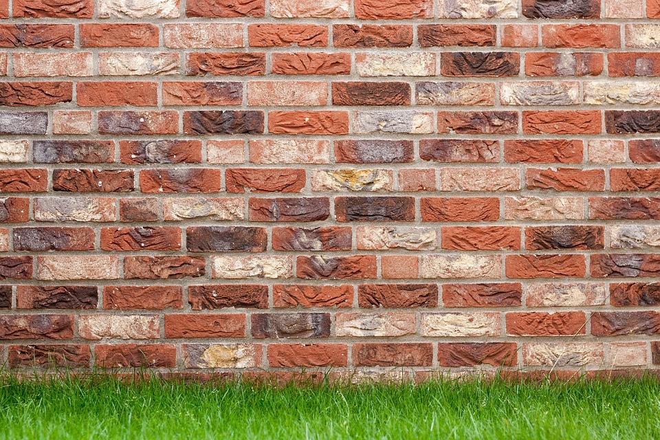backsteinmauer klinkersteine klinkerwand backstein fugen sanieren