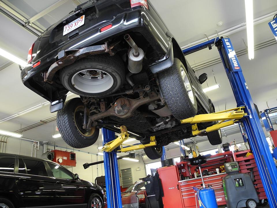 car mechanic automobile free photo on pixabay
