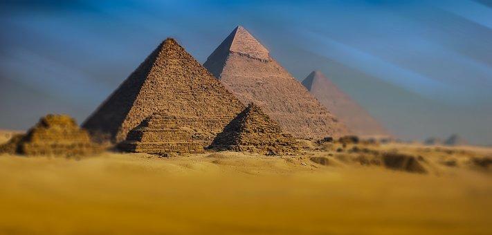 Giza Pyramid Pyramids Of Giza Egypt Monume