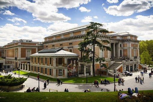 Vista Museo del Prado Madrid