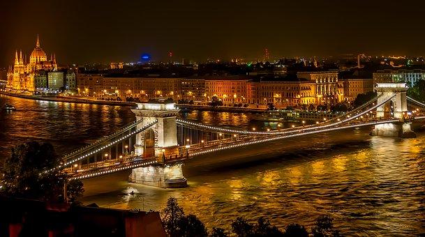 Vista de Budapest Nopturna