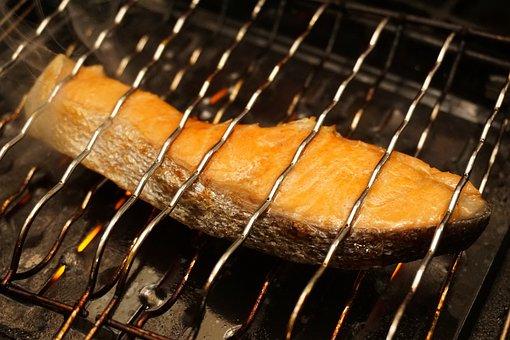 鮭, シャケ, サケ, 焼き鮭, 焼き魚, 魚, さかな, 切り身, 網焼き