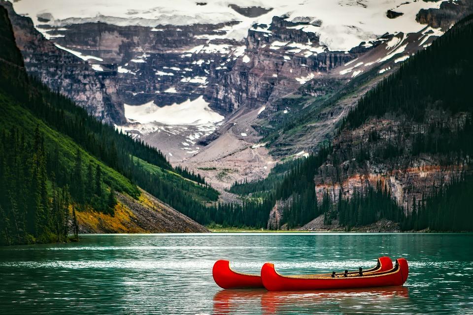Lake Louise, Kanada, Krajobraz, Góry, Śnieg, Kanoe