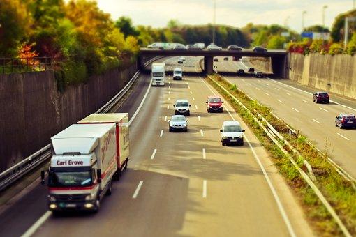 Carretera, Auto, Tráfico, Por Carretera