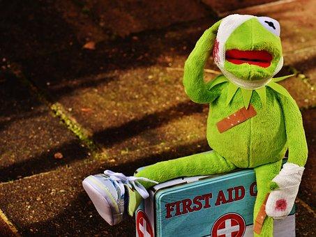 Kermit, Pronto Soccorso, Feriti